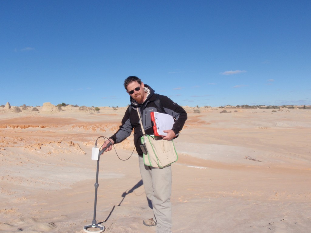 Measuring the magnetic susceptibility of combustion features at Lake Mungo